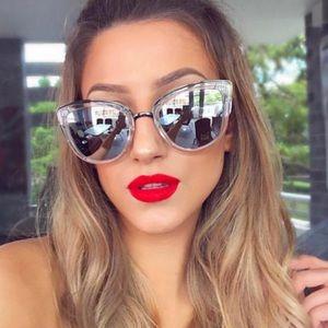 Quay My Girl Crystal Clear sunglasses
